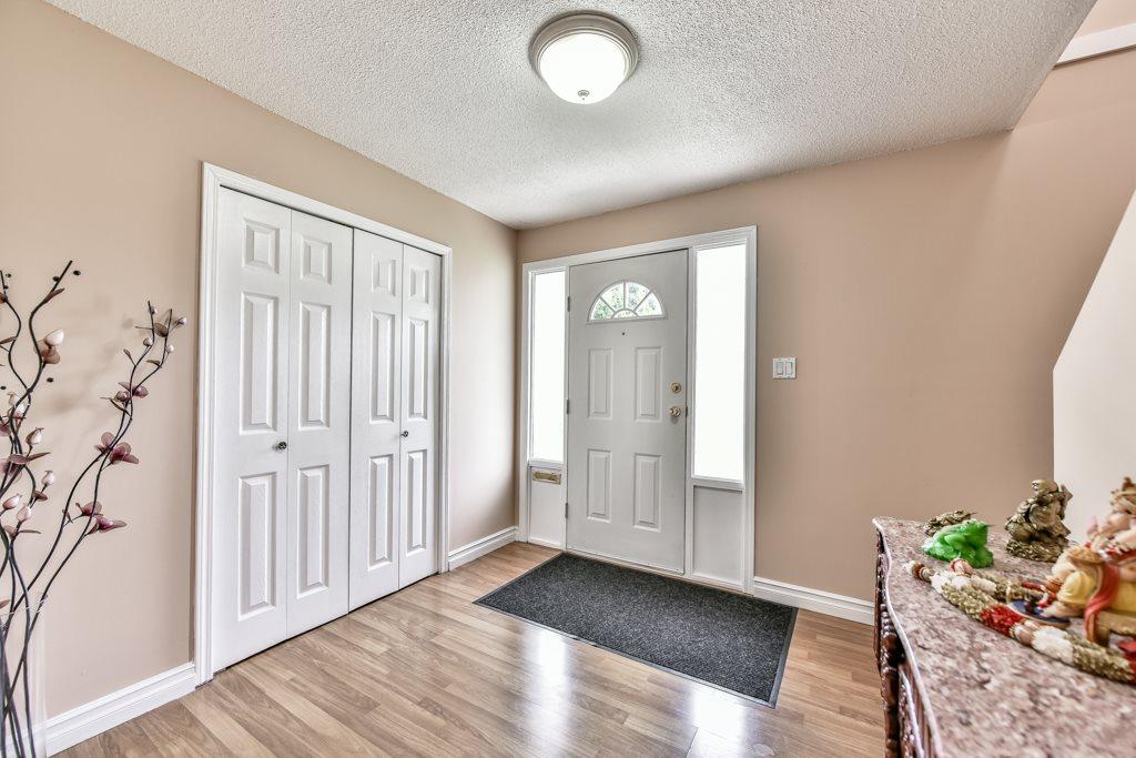 Half-duplex at 7532 118 STREET, N. Delta, British Columbia. Image 3