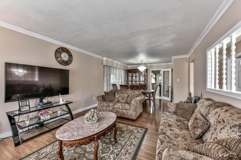 Half-duplex at 7532 118 STREET, N. Delta, British Columbia. Image 5