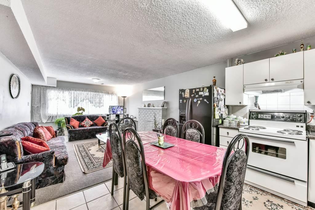 Half-duplex at 7532 118 STREET, N. Delta, British Columbia. Image 15