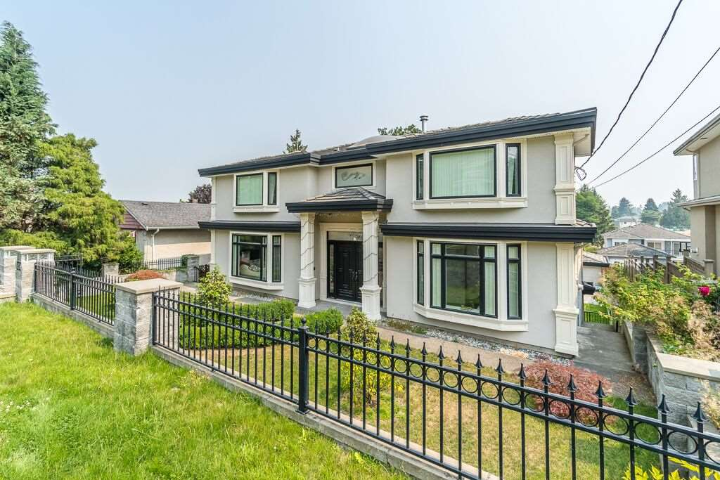 Detached at 6270 ELGIN AVENUE, Burnaby South, British Columbia. Image 2