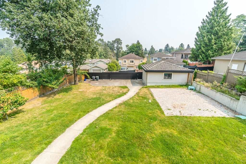 Detached at 6270 ELGIN AVENUE, Burnaby South, British Columbia. Image 14