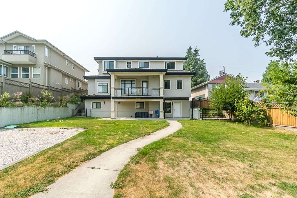 Detached at 6270 ELGIN AVENUE, Burnaby South, British Columbia. Image 15