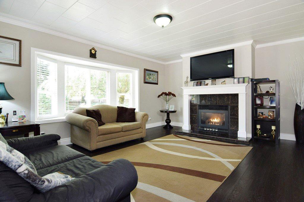 Detached at 3874 204 STREET, Langley, British Columbia. Image 2
