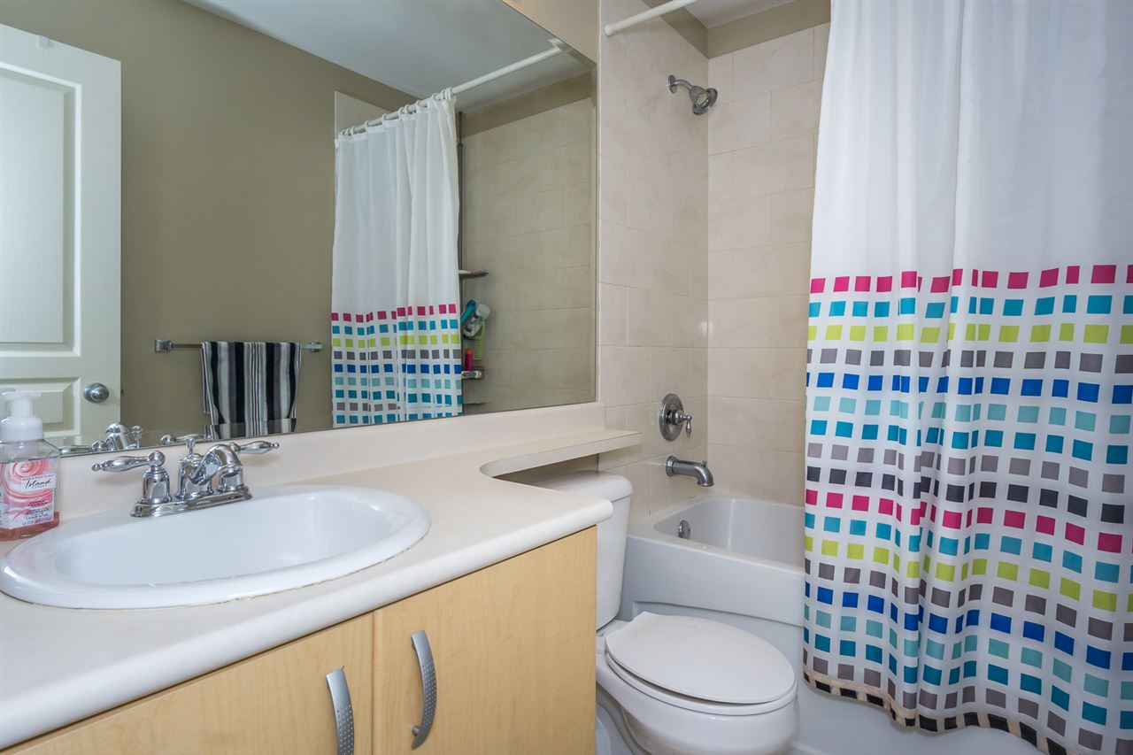 Townhouse at 47 18839 69 AVENUE, Unit 47, Cloverdale, British Columbia. Image 17