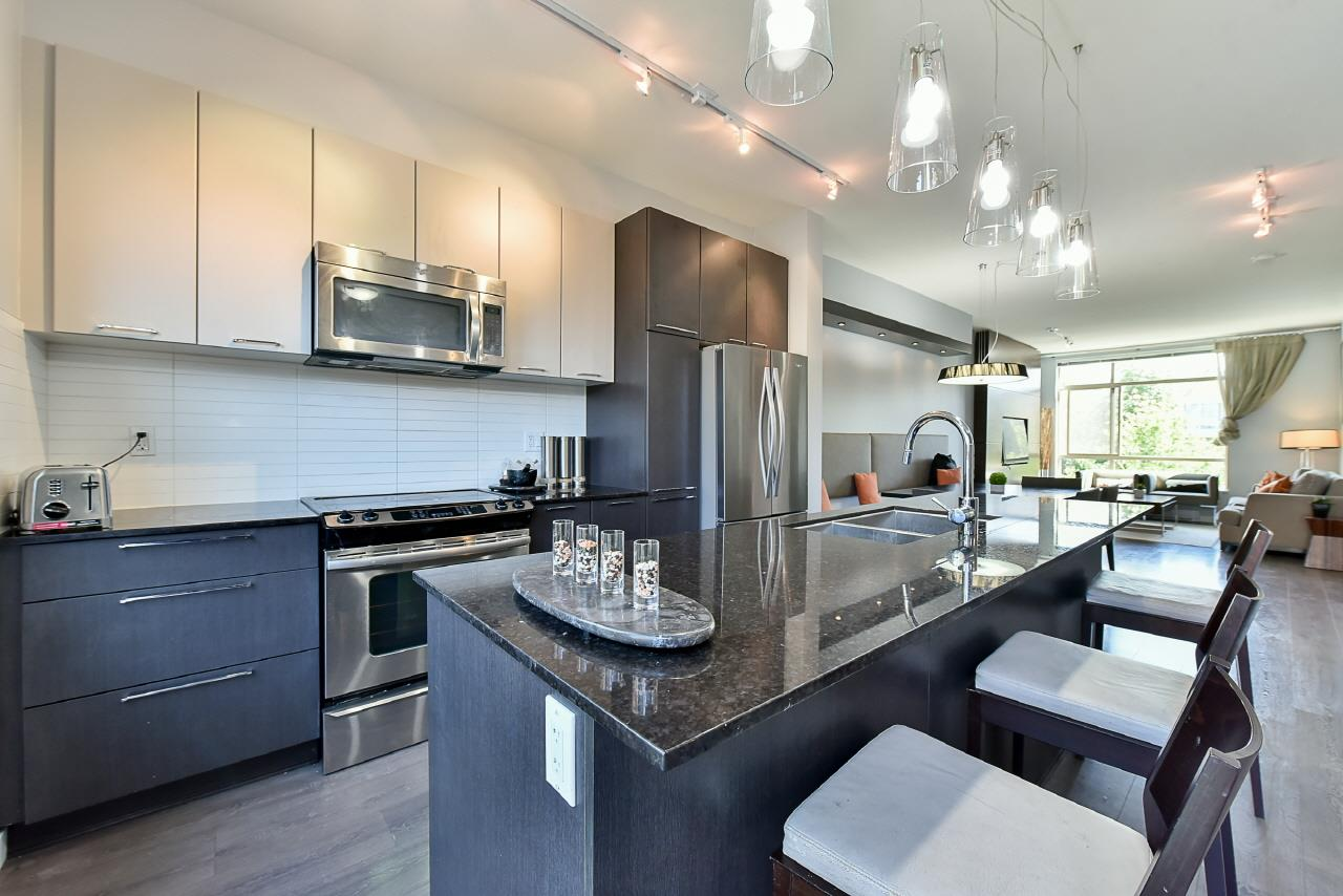 Townhouse at 3 8473 163 STREET, Unit 3, Surrey, British Columbia. Image 5