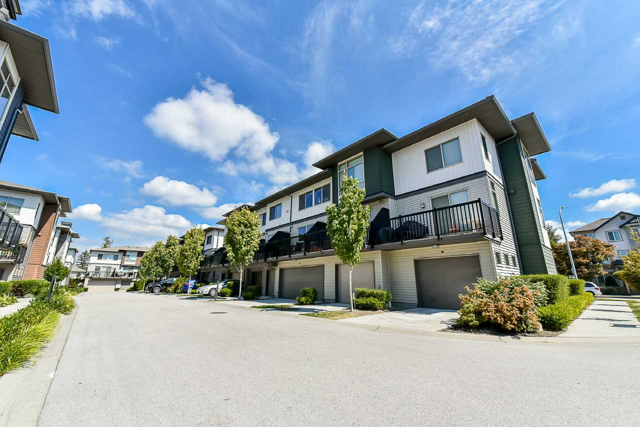 Townhouse at 3 8473 163 STREET, Unit 3, Surrey, British Columbia. Image 17
