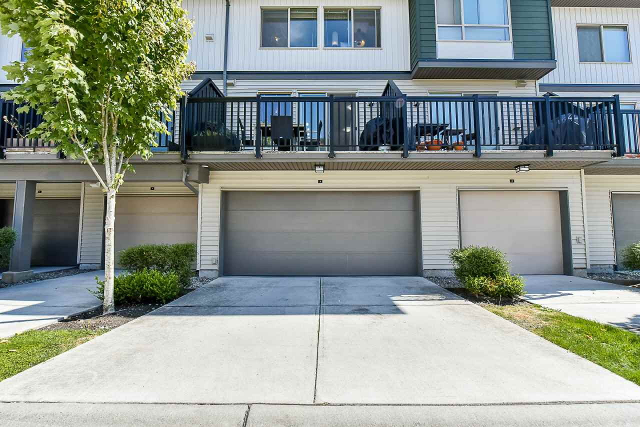 Townhouse at 3 8473 163 STREET, Unit 3, Surrey, British Columbia. Image 19