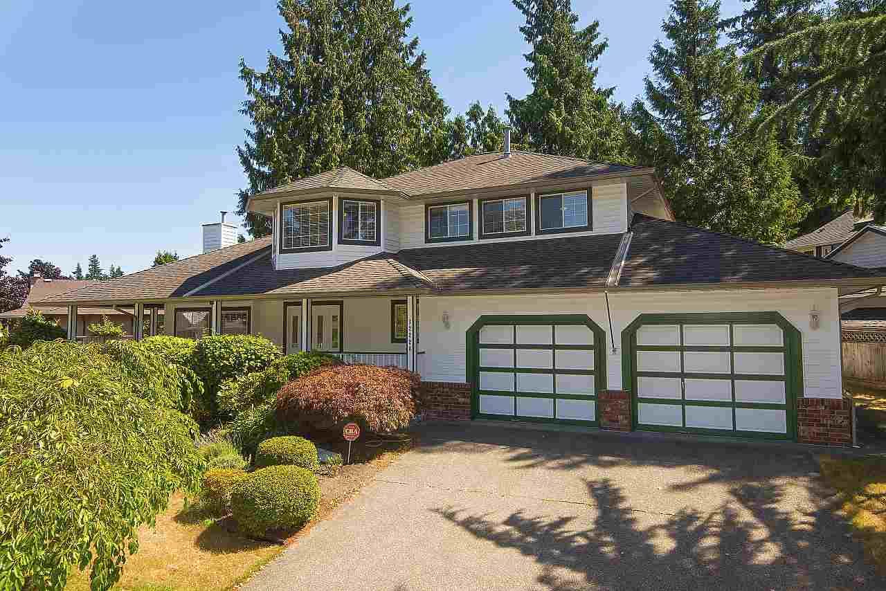 Detached at 12228 SOUTHPARK CRESCENT, Surrey, British Columbia. Image 2