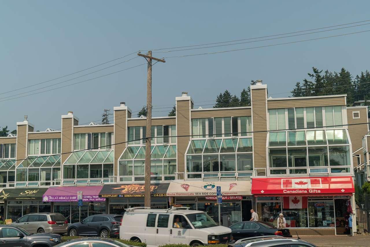 Townhouse at 14851 MARINE DRIVE, South Surrey White Rock, British Columbia. Image 20