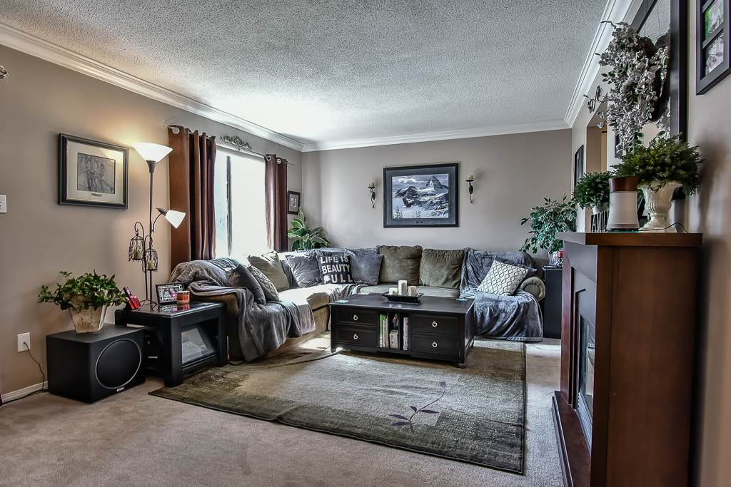 Half-duplex at A 20212 52ND AVENUE, Unit A, Langley, British Columbia. Image 3