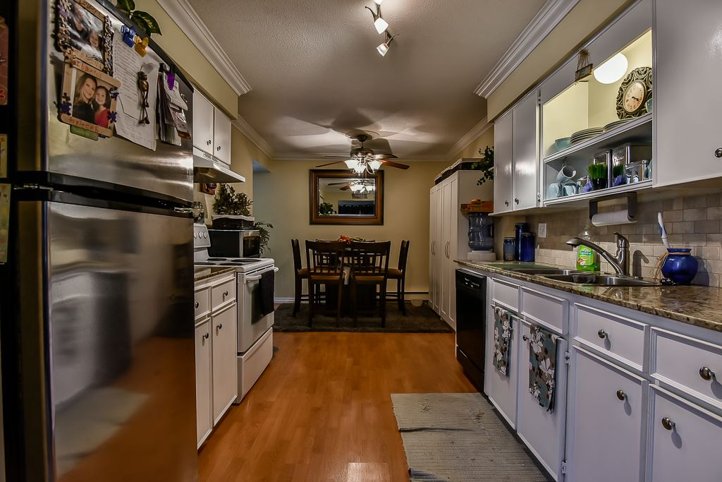 Half-duplex at A 20212 52ND AVENUE, Unit A, Langley, British Columbia. Image 8