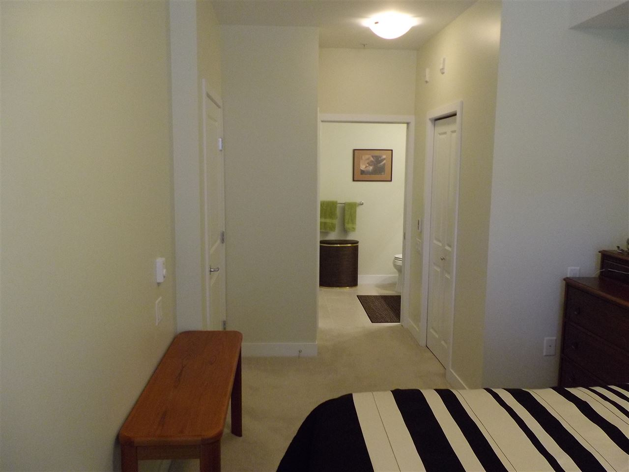 Condo Apartment at 207 116 W 23RD STREET, Unit 207, North Vancouver, British Columbia. Image 7