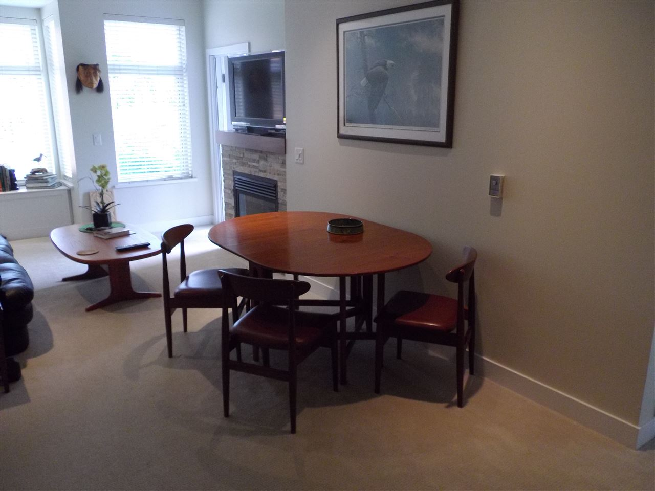 Condo Apartment at 207 116 W 23RD STREET, Unit 207, North Vancouver, British Columbia. Image 8