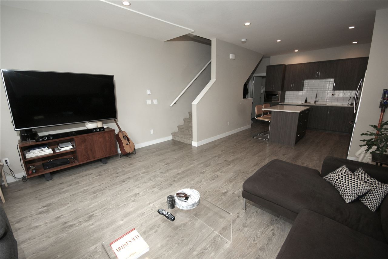 Townhouse at 26 15588 32 AVENUE, Unit 26, South Surrey White Rock, British Columbia. Image 5