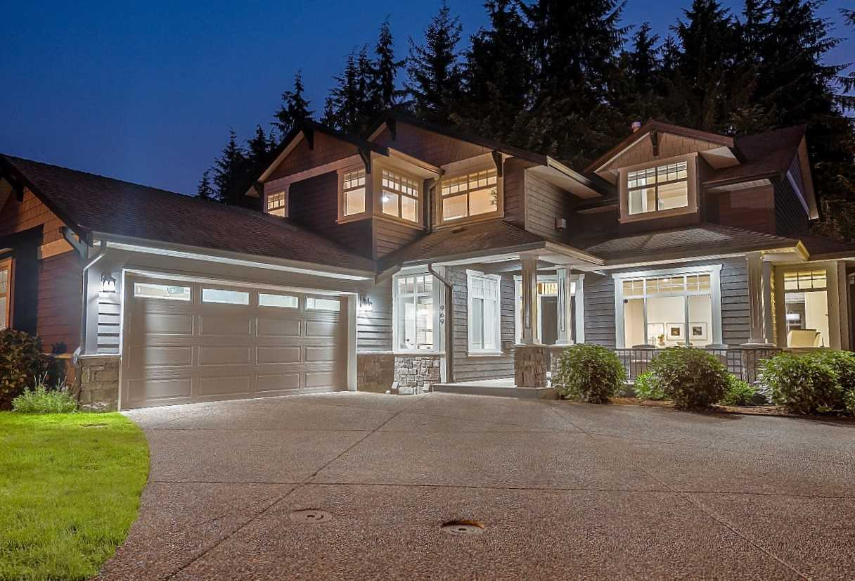 Detached at 969 BELVEDERE DRIVE, North Vancouver, British Columbia. Image 1