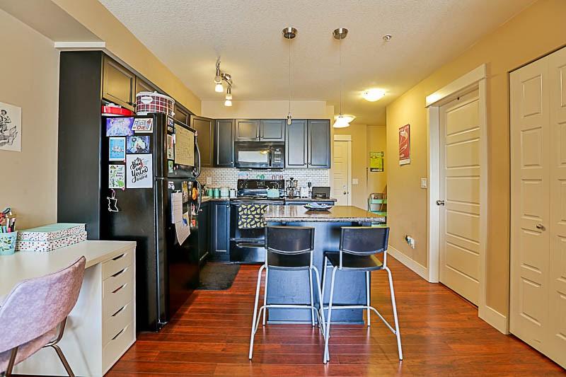 Condo Apartment at 316 30525 CARDINAL STREET, Unit 316, Abbotsford, British Columbia. Image 2