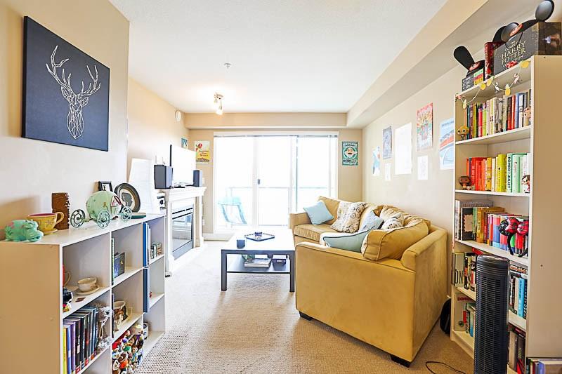 Condo Apartment at 316 30525 CARDINAL STREET, Unit 316, Abbotsford, British Columbia. Image 6