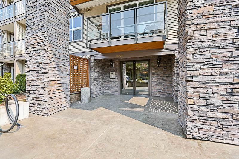 Condo Apartment at 316 30525 CARDINAL STREET, Unit 316, Abbotsford, British Columbia. Image 14