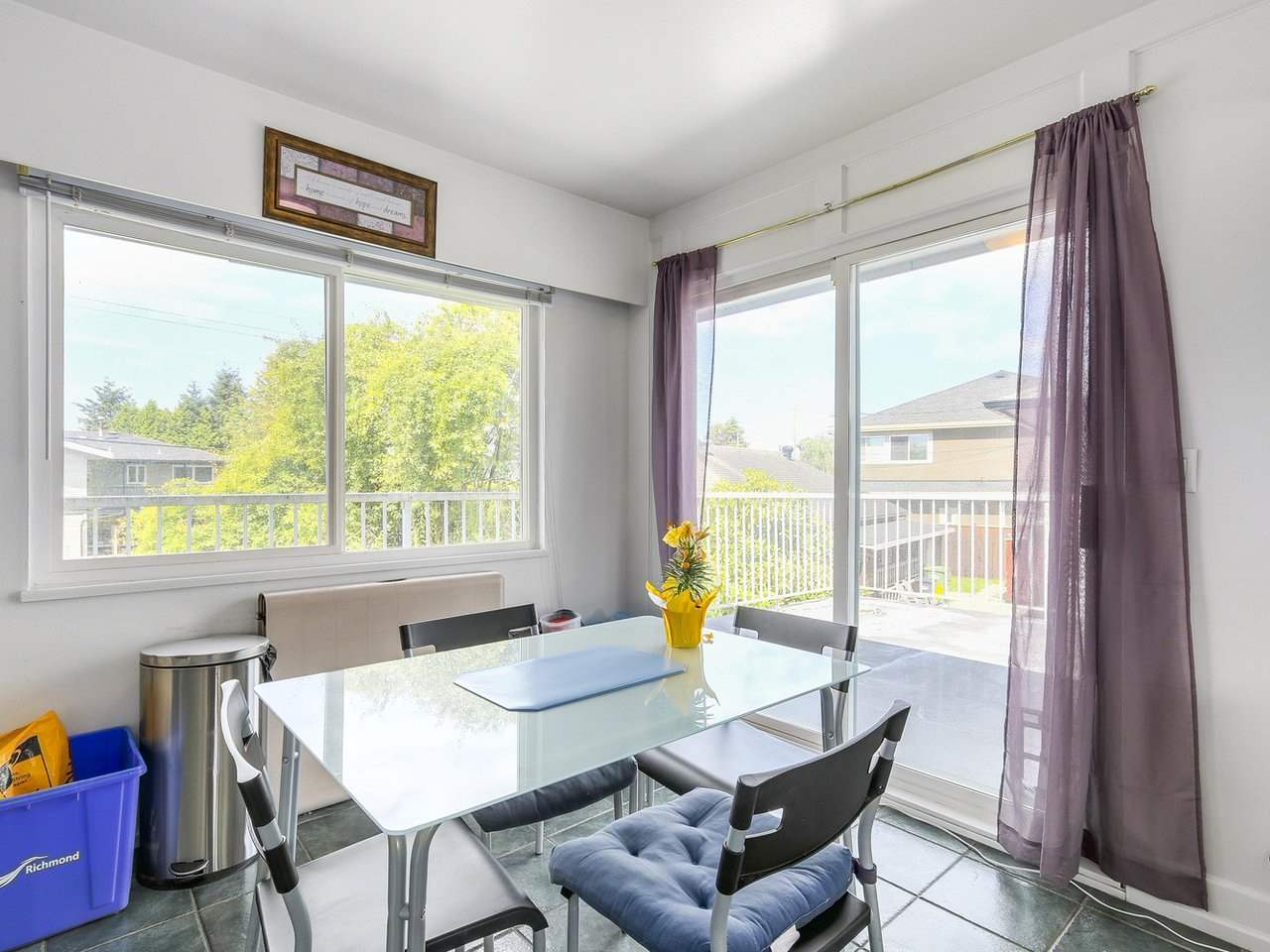 Detached at 10560 AINTREE CRESCENT, Richmond, British Columbia. Image 8