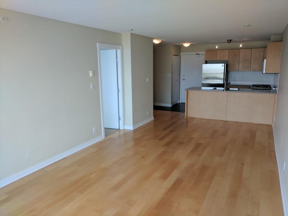Condo Apartment at 802 7575 ALDERBRIDGE WAY, Unit 802, Richmond, British Columbia. Image 2