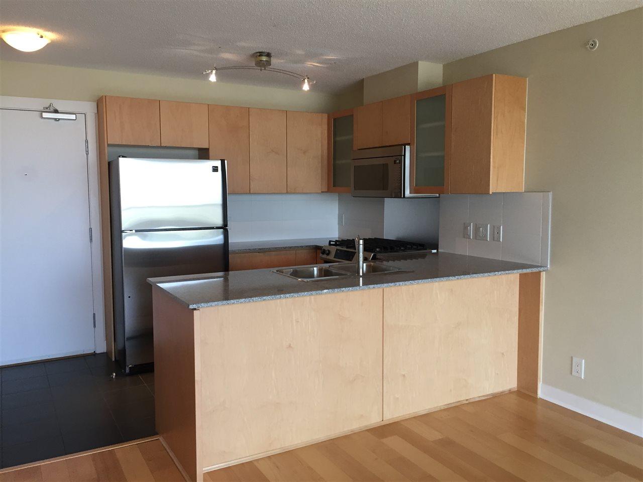 Condo Apartment at 802 7575 ALDERBRIDGE WAY, Unit 802, Richmond, British Columbia. Image 4