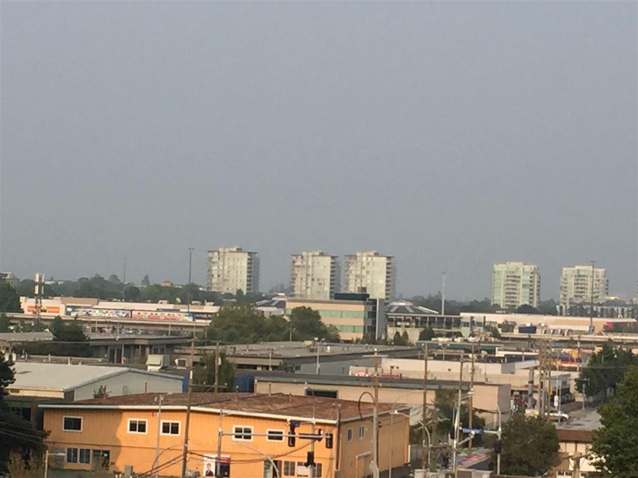 Condo Apartment at 802 7575 ALDERBRIDGE WAY, Unit 802, Richmond, British Columbia. Image 11
