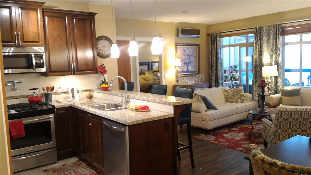 Condo Apartment at 217 32445 SIMON AVENUE, Unit 217, Abbotsford, British Columbia. Image 5