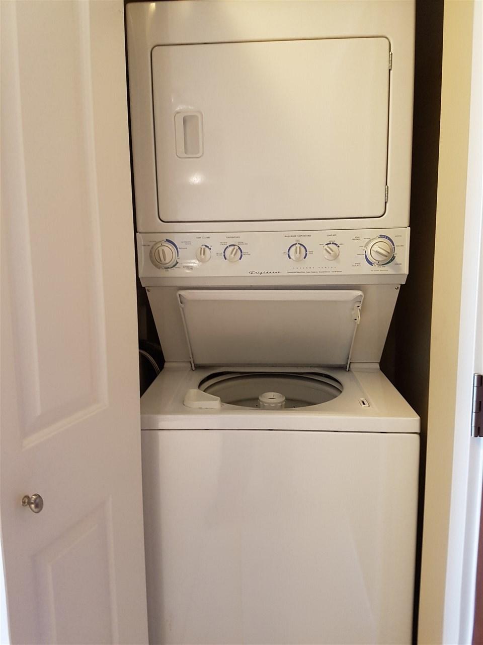 Condo Apartment at 322 9288 ODLIN ROAD, Unit 322, Richmond, British Columbia. Image 9