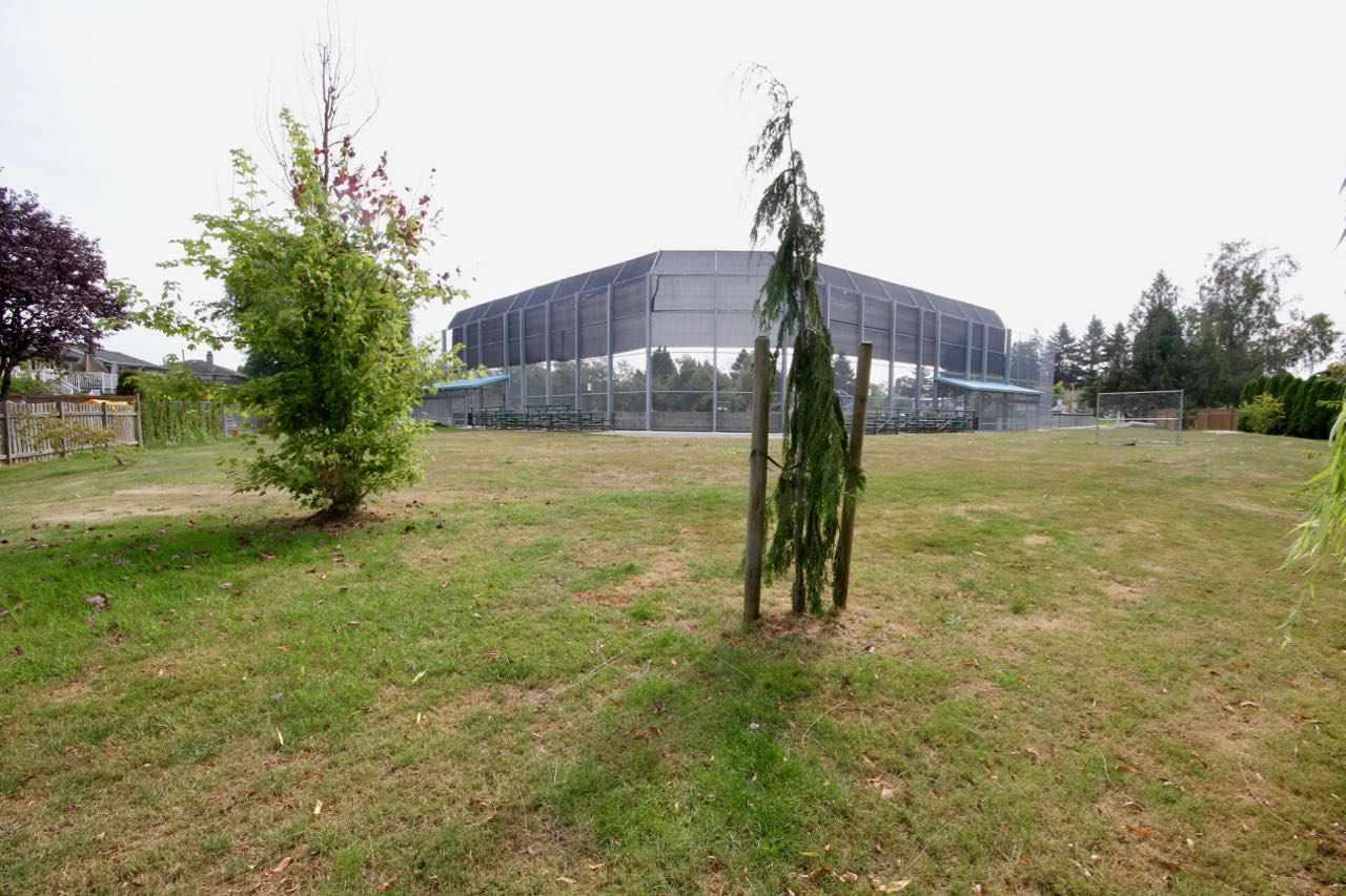 Half-duplex at 5227 MAPLE CRESCENT, Ladner, British Columbia. Image 14