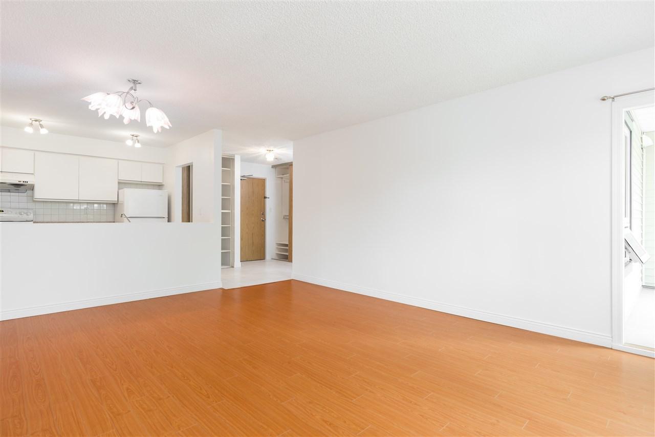 Condo Apartment at 303 1040 E BROADWAY, Unit 303, Vancouver East, British Columbia. Image 5