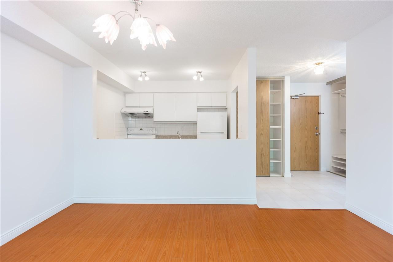 Condo Apartment at 303 1040 E BROADWAY, Unit 303, Vancouver East, British Columbia. Image 6