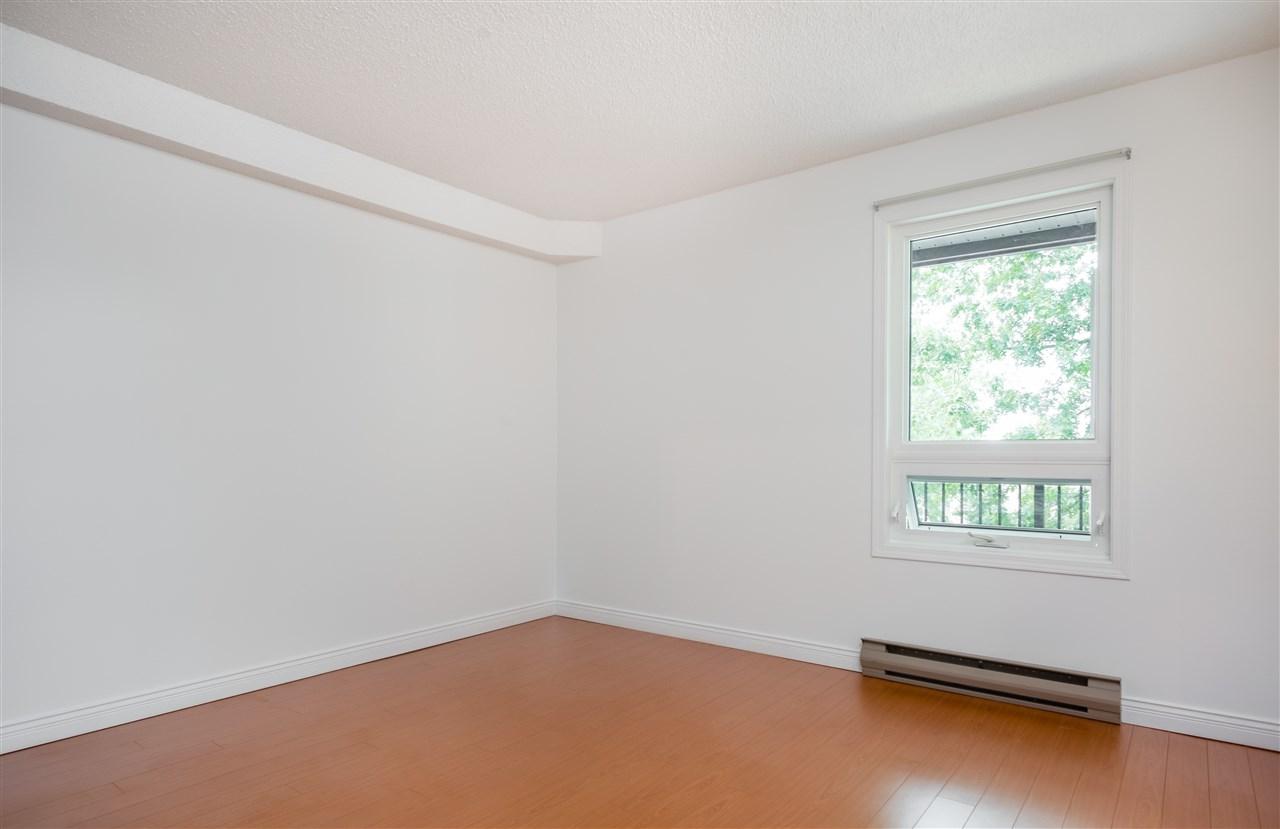 Condo Apartment at 303 1040 E BROADWAY, Unit 303, Vancouver East, British Columbia. Image 8
