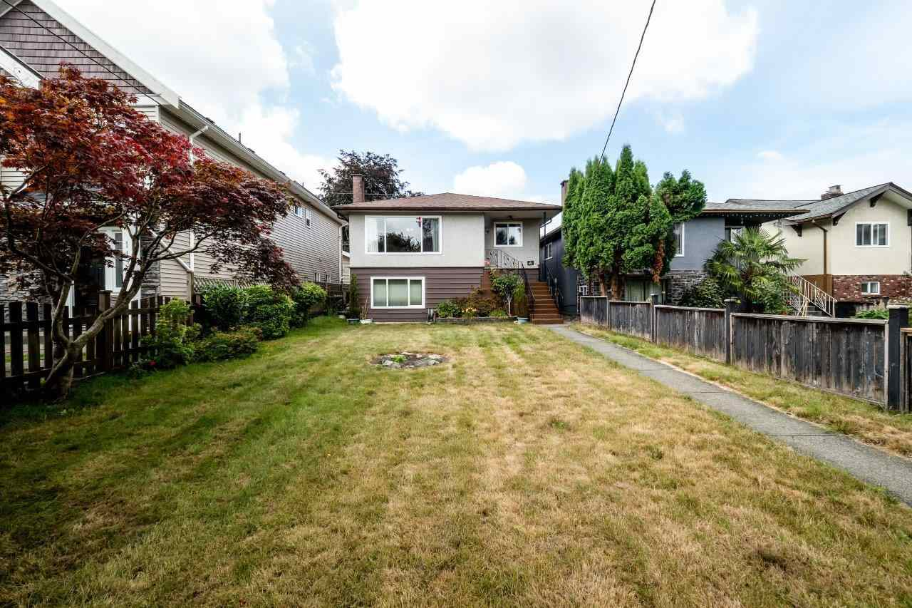 Detached at 41 FELL AVENUE, Burnaby North, British Columbia. Image 2