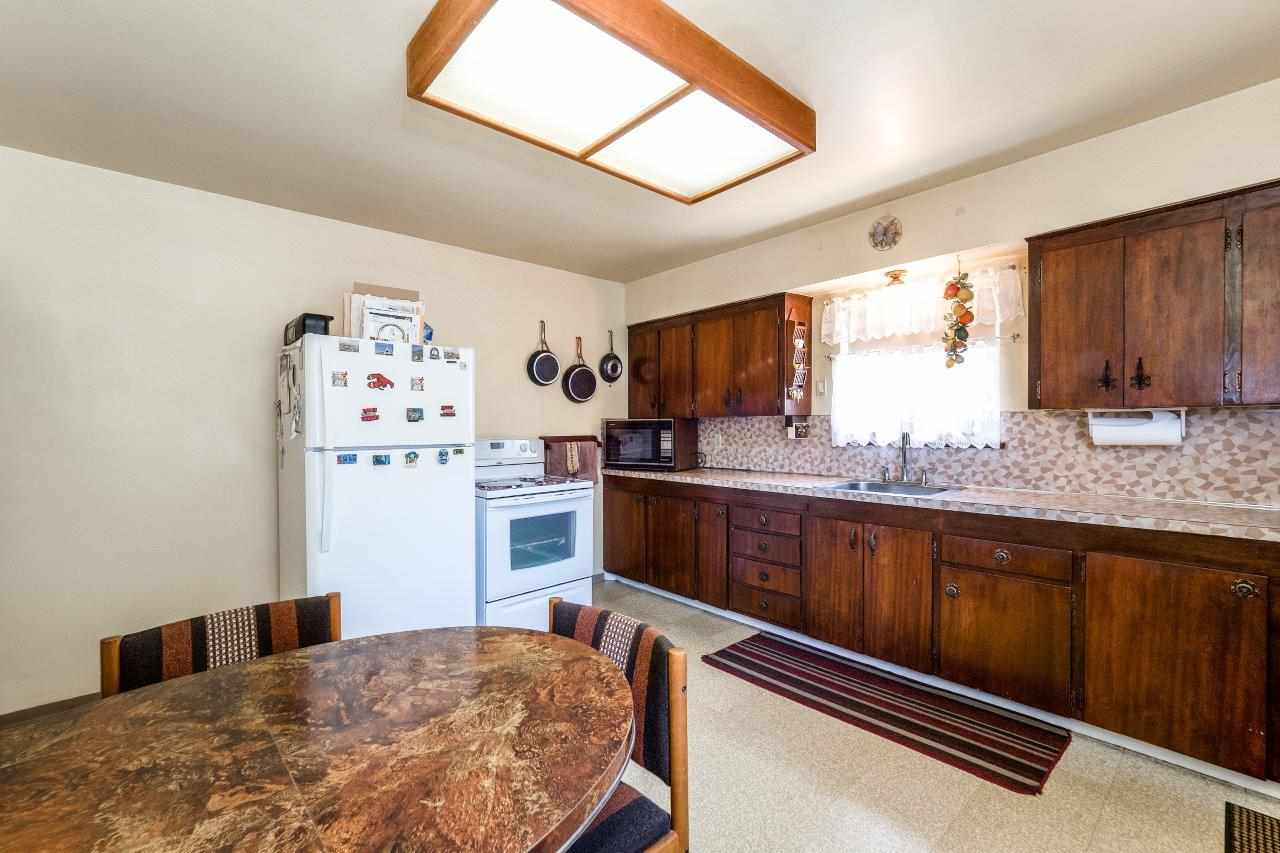 Detached at 41 FELL AVENUE, Burnaby North, British Columbia. Image 5