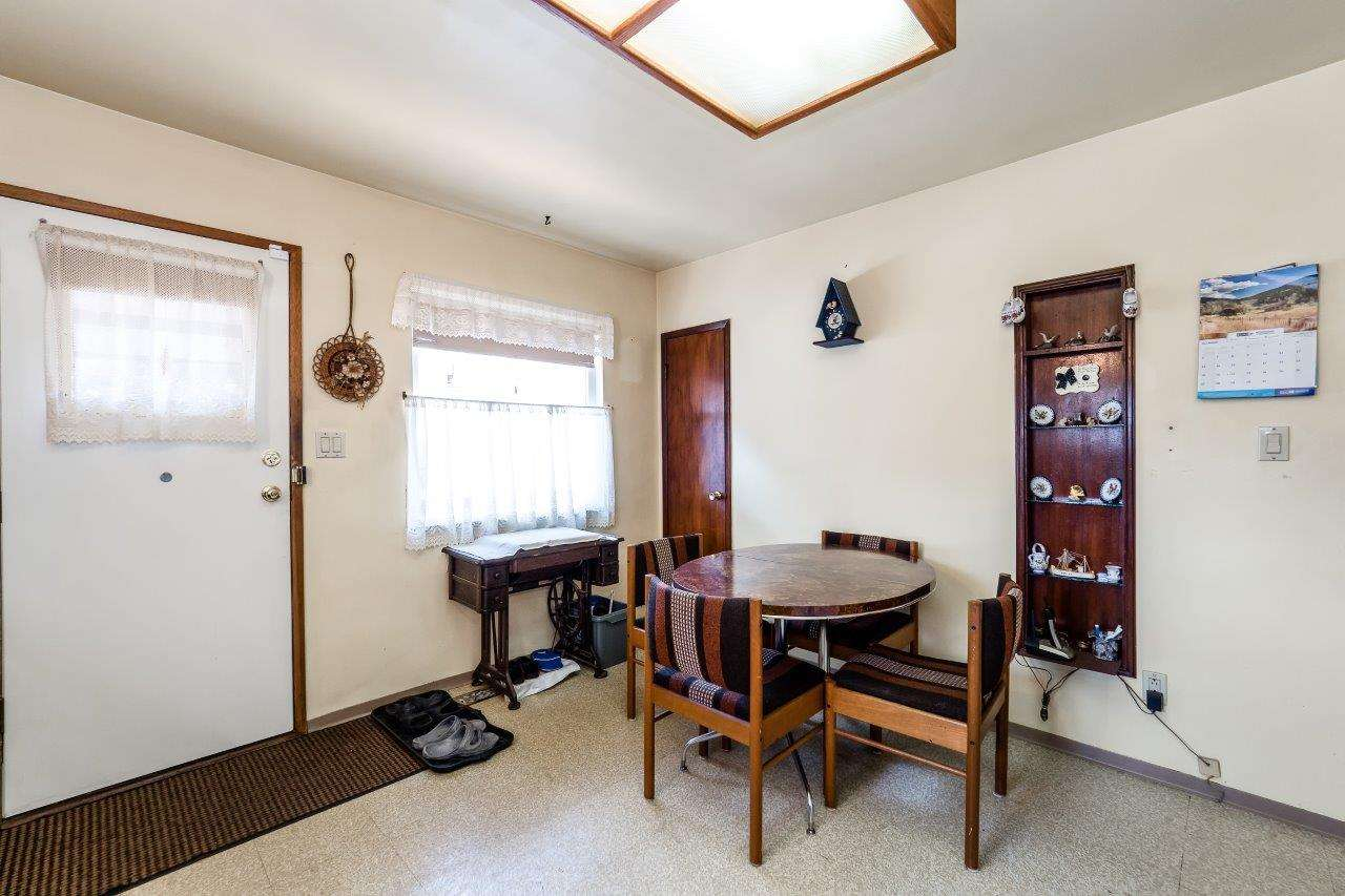 Detached at 41 FELL AVENUE, Burnaby North, British Columbia. Image 8