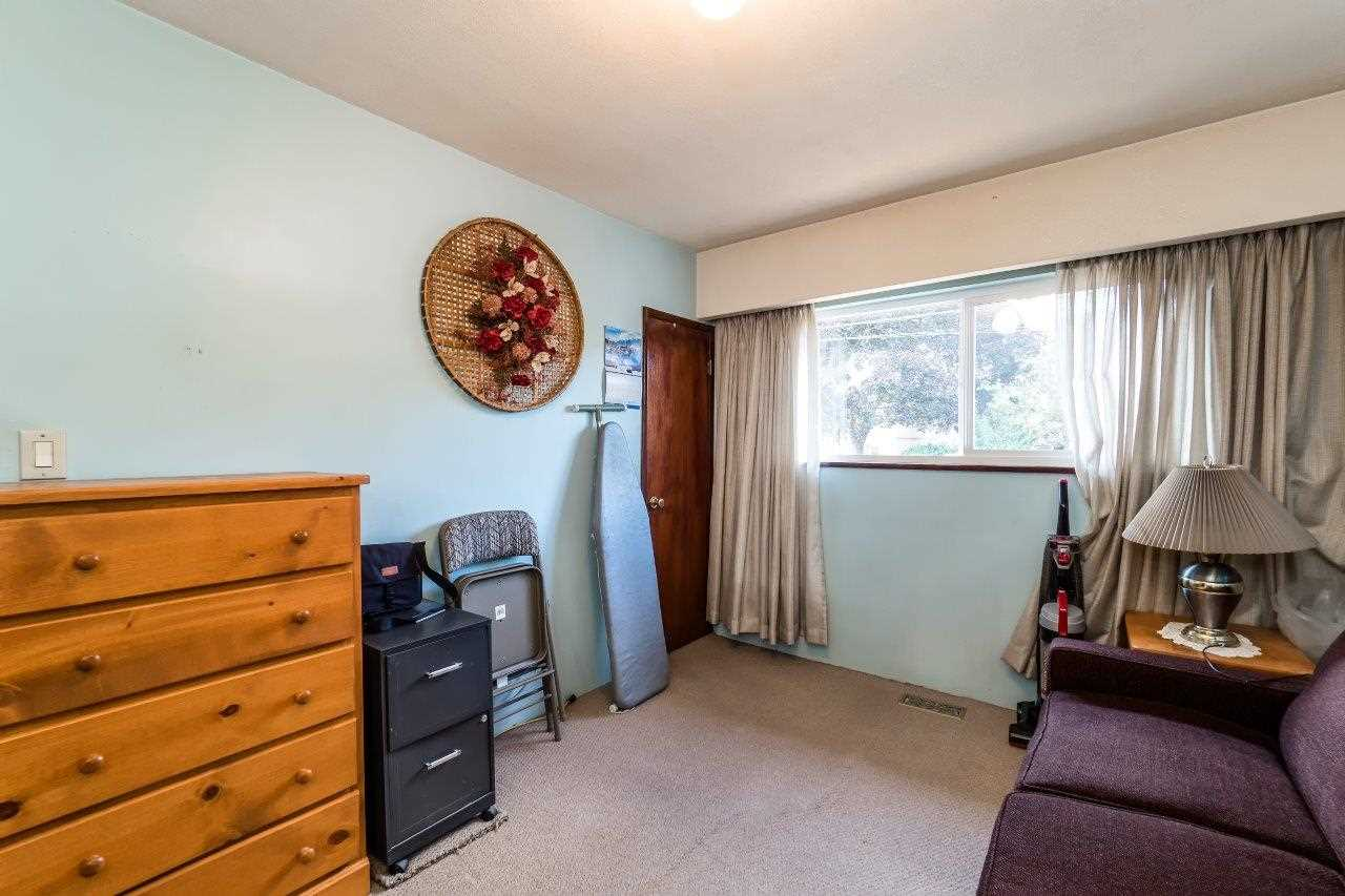 Detached at 41 FELL AVENUE, Burnaby North, British Columbia. Image 10