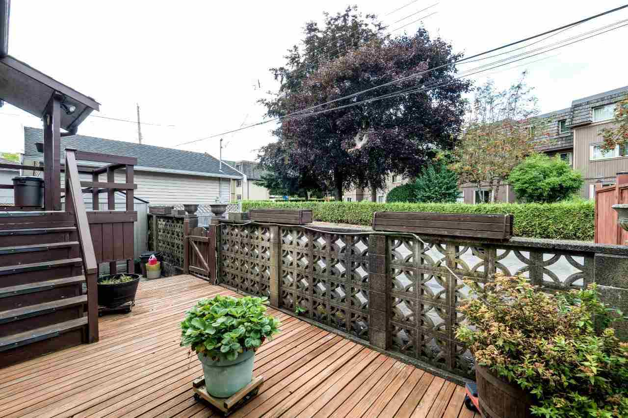 Detached at 41 FELL AVENUE, Burnaby North, British Columbia. Image 12