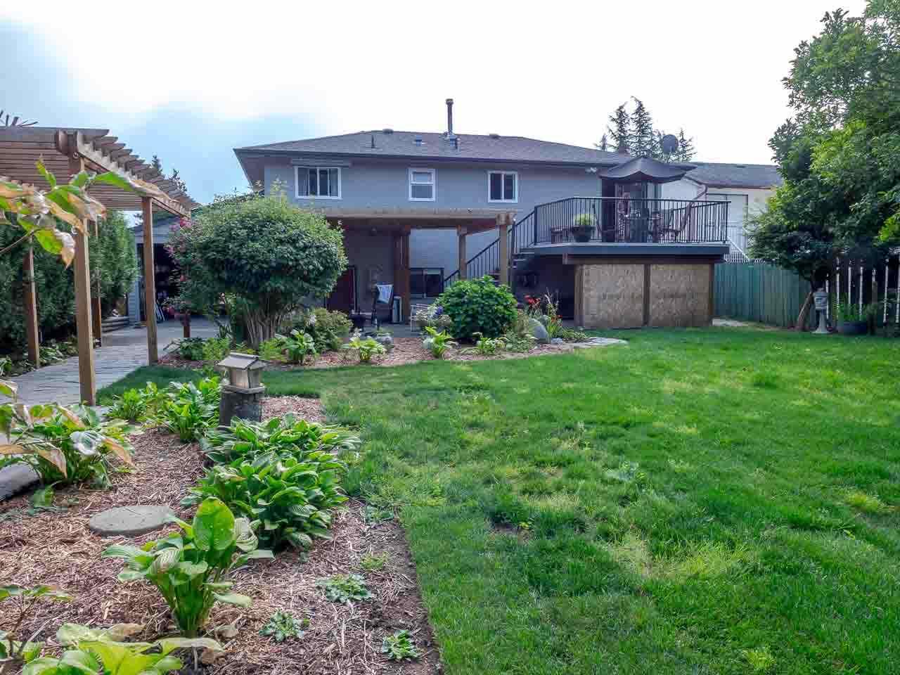 Detached at 11767 230 STREET, Maple Ridge, British Columbia. Image 19