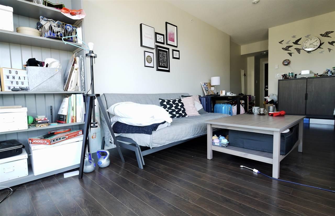 Condo Apartment at 1203 2968 GLEN DRIVE, Unit 1203, Coquitlam, British Columbia. Image 5