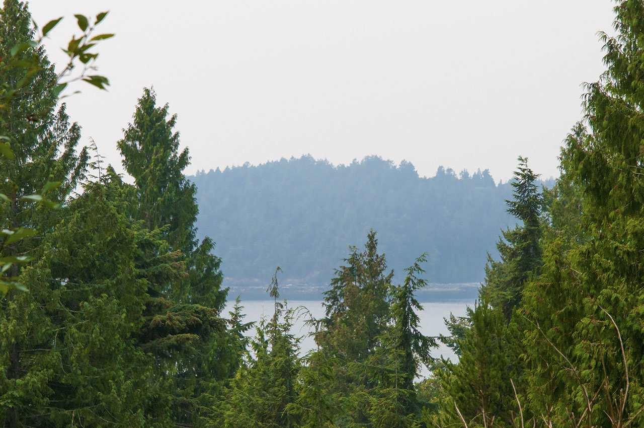 Detached at 1631 AMELIA LANE, Bowen Island, British Columbia. Image 19