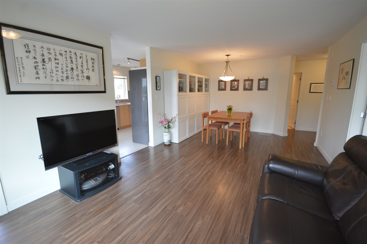 Condo Apartment at 317 3133 RIVERWALK AVENUE, Unit 317, Vancouver East, British Columbia. Image 11