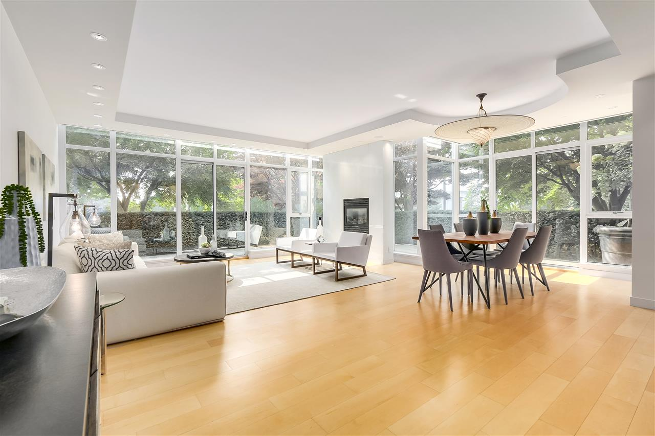 Townhouse at 403 BEACH CRESCENT, Vancouver West, British Columbia. Image 1