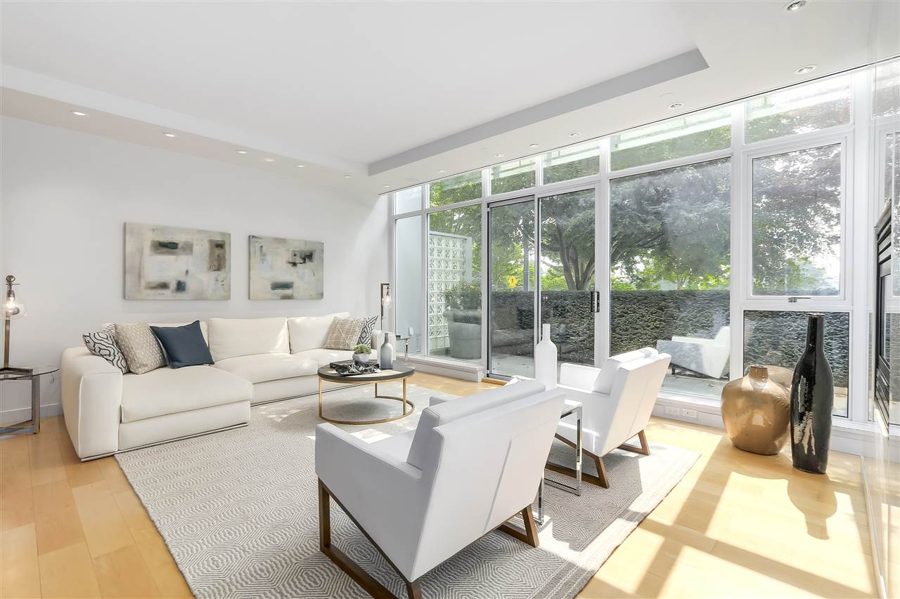 Townhouse at 403 BEACH CRESCENT, Vancouver West, British Columbia. Image 3