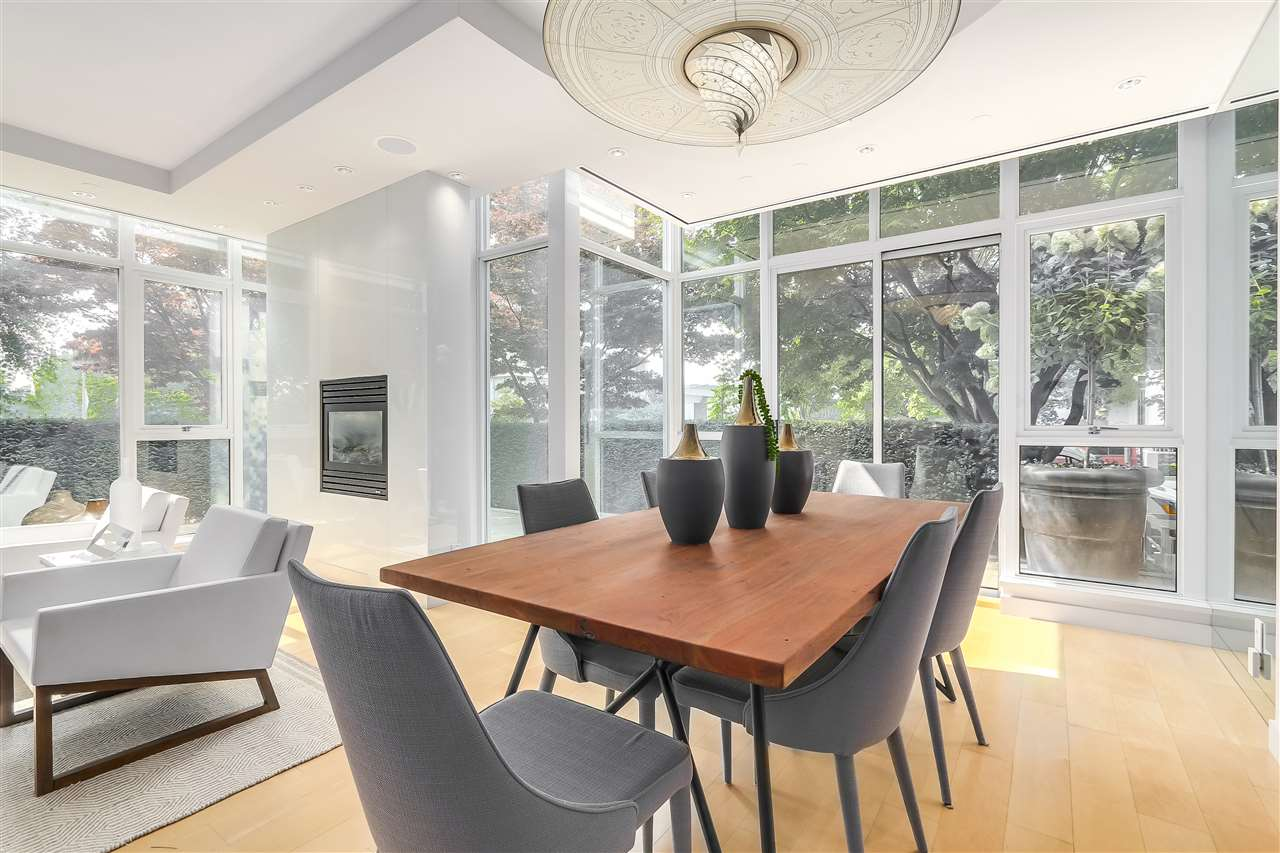 Townhouse at 403 BEACH CRESCENT, Vancouver West, British Columbia. Image 5