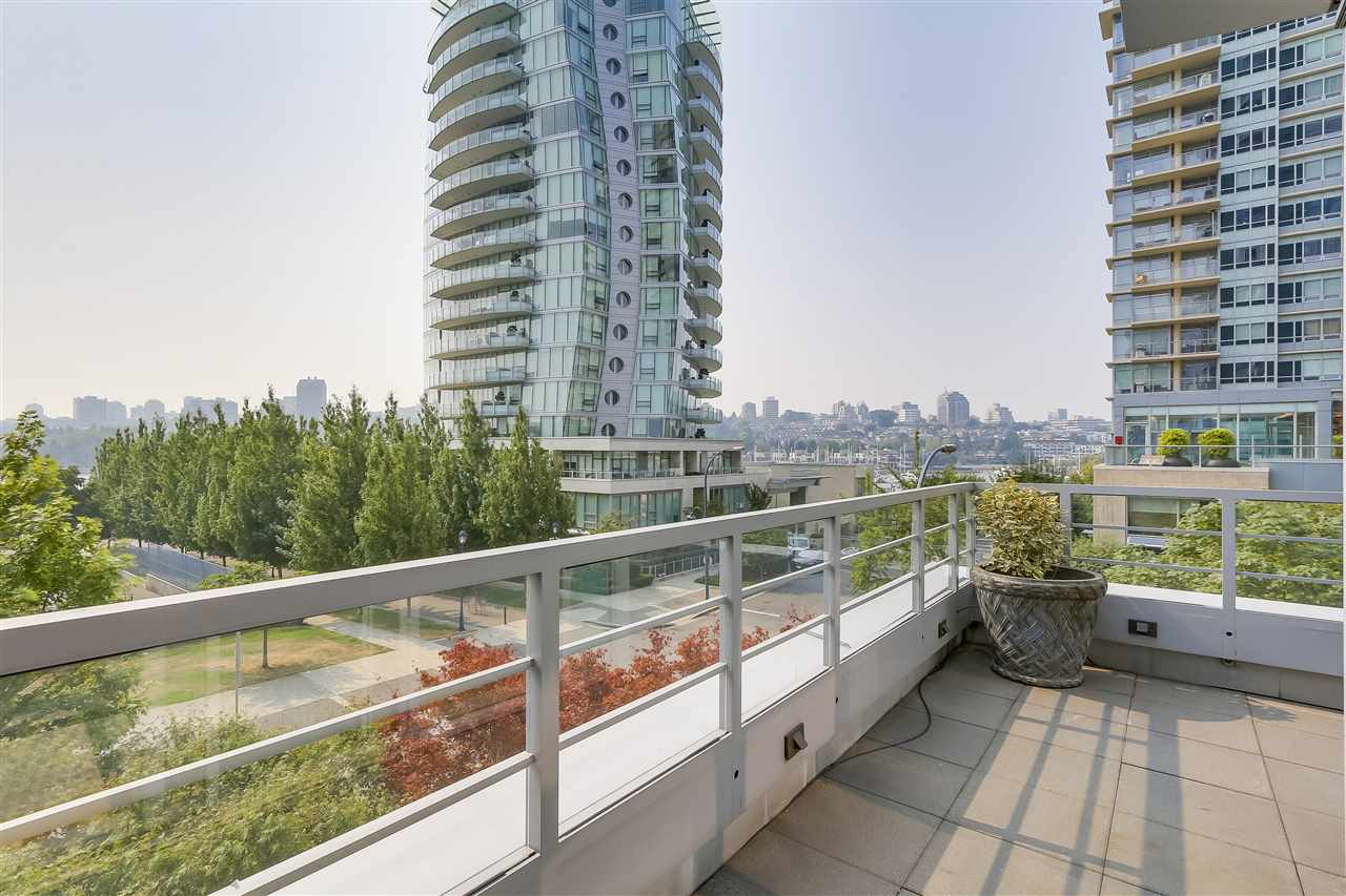 Townhouse at 403 BEACH CRESCENT, Vancouver West, British Columbia. Image 10