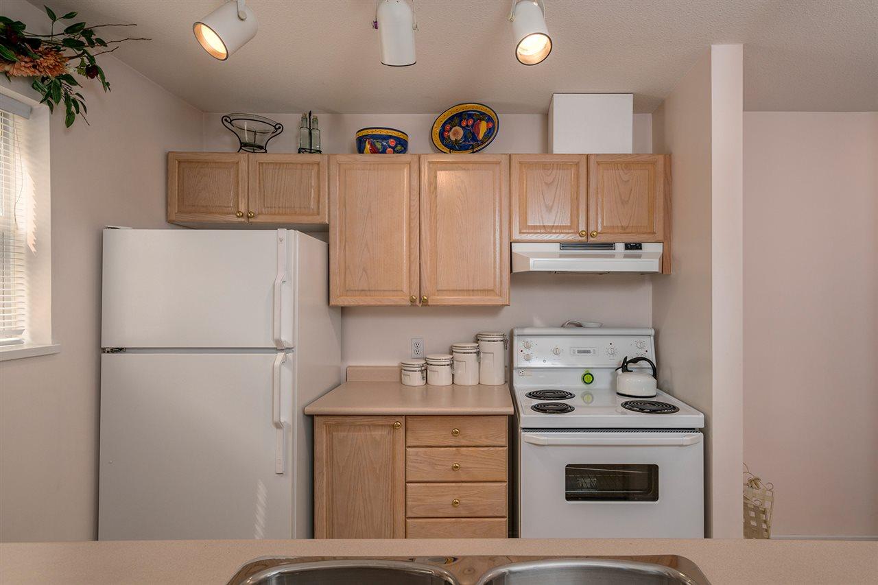 Condo Apartment at 111 5577 SMITH AVENUE, Unit 111, Burnaby South, British Columbia. Image 6