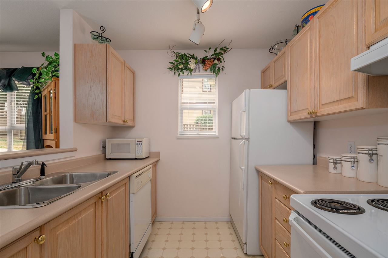 Condo Apartment at 111 5577 SMITH AVENUE, Unit 111, Burnaby South, British Columbia. Image 7