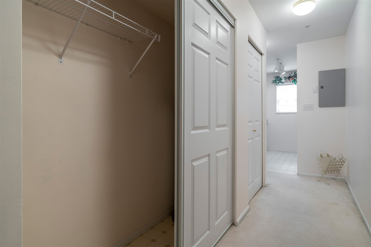 Condo Apartment at 111 5577 SMITH AVENUE, Unit 111, Burnaby South, British Columbia. Image 12