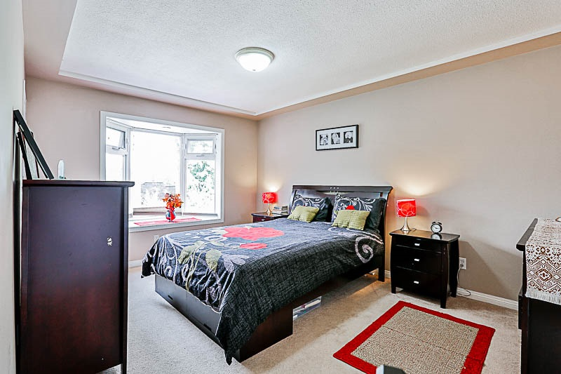 Detached at 11905 STAPLES CRESCENT, N. Delta, British Columbia. Image 12
