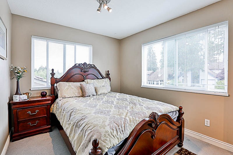 Detached at 11905 STAPLES CRESCENT, N. Delta, British Columbia. Image 14